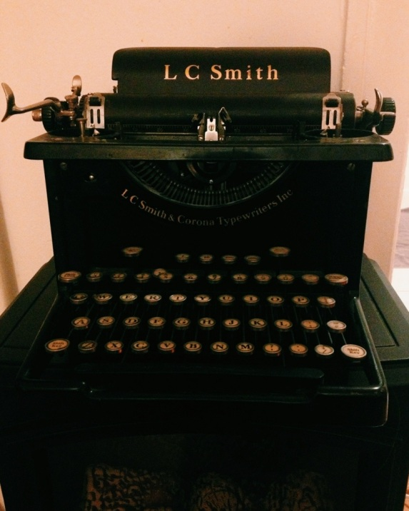LC_Smith_Typewriter.jpg